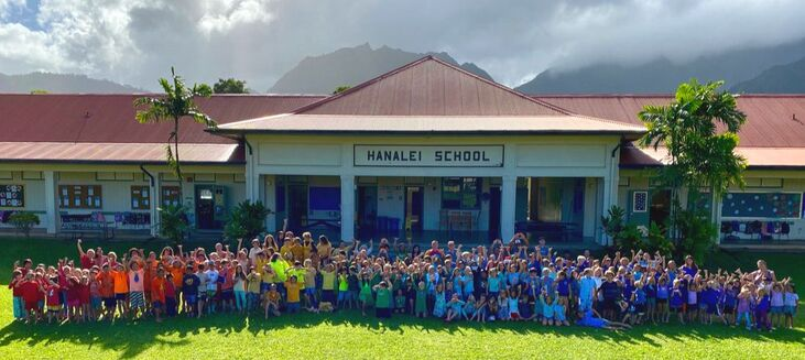Hanalei School 2019-2020 School Rainbow Picture